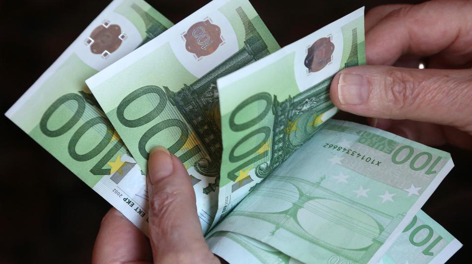 Ilustracija: Euri za mlade pol