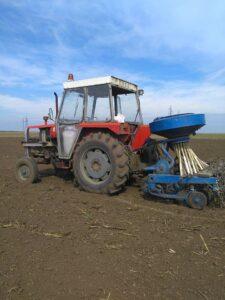 Ilustracija: Mehanizacija u poljoprivreda