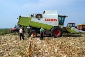 Ilustracija: Poljoprivredna mehanizacija, foto: S.K.