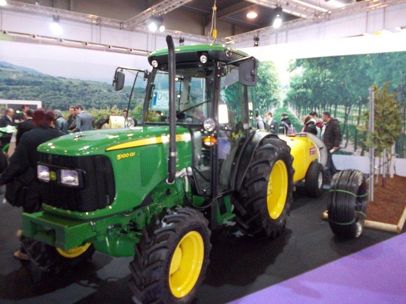Ilustracija: Traktori sa sajma u Veroni, foto: S.K.