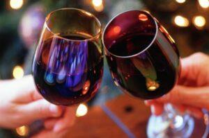 IIustracija: Crno vino, foto: http://keyassets.timeincuk.net