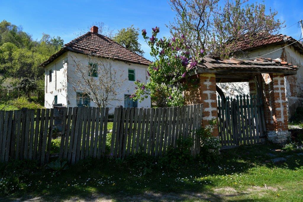 Ilustracija: Sela Srbije. foto: Domaćinska kuća