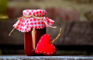 Ilustracija: džem od šipka, foto: pixabay