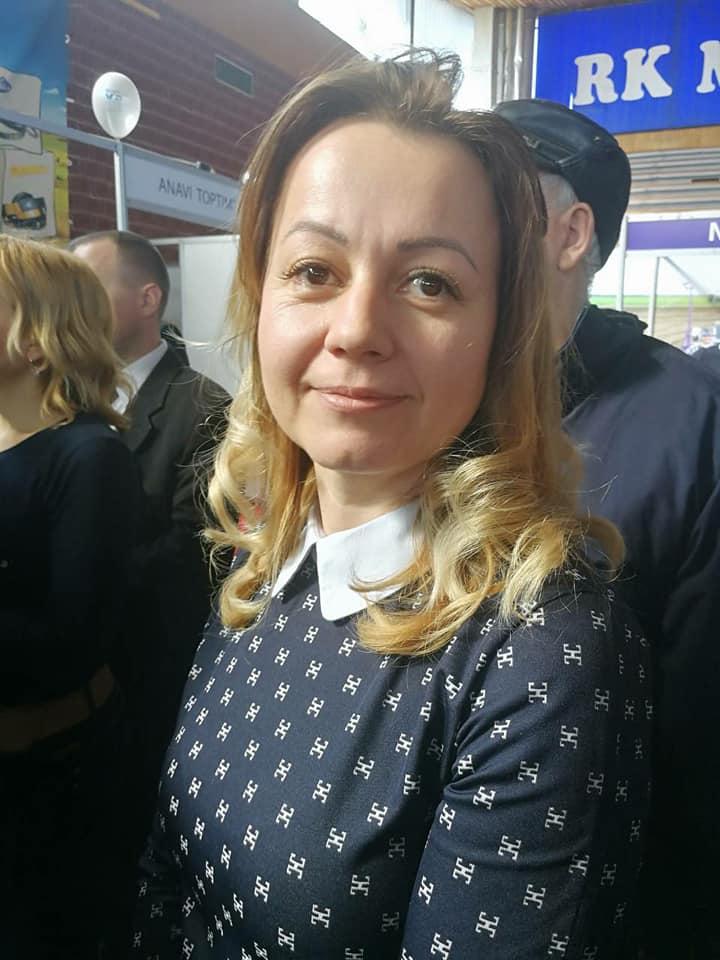 Ilustracija: Biljana Petrović, foto: Svetlana Kovačević, Domaćinska kuća