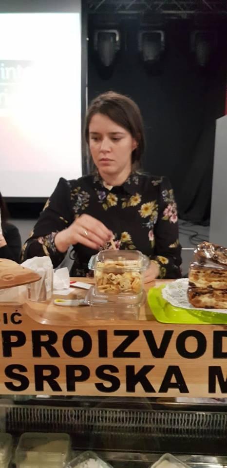 Ilustracija: Festival sira u Domu omladine, foto: Aleksandra Milič,Domačinska kuća
