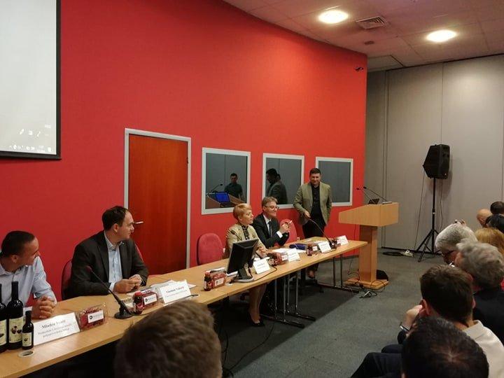 Ilustracija: Učesnici Konferencije, foto: Svetlana Kovačević