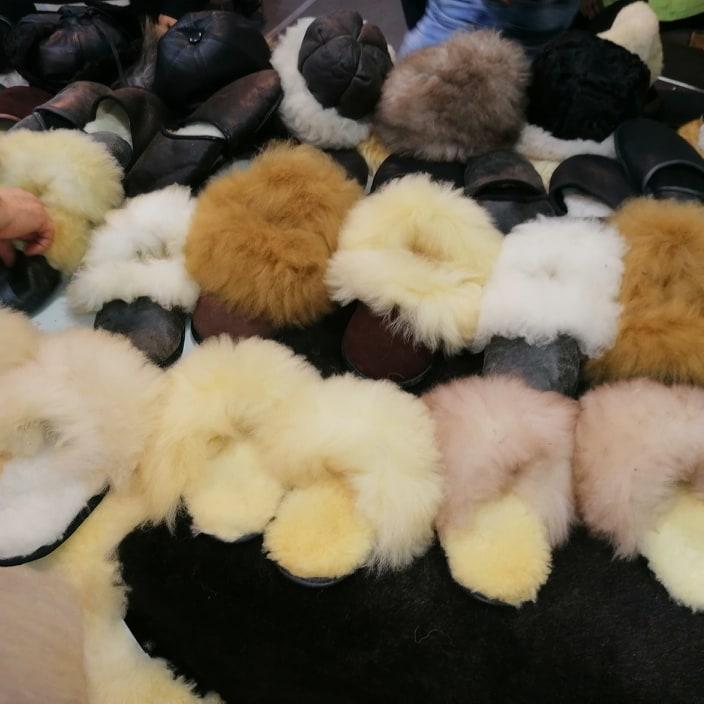 Ilustracija: Papuče od vune, foto: Svetlana Kovačević