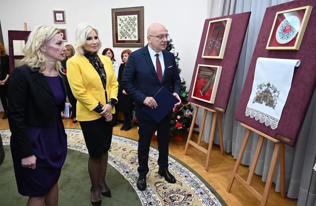 Ilustracija: Zorana Mihajlović, foto: Naled