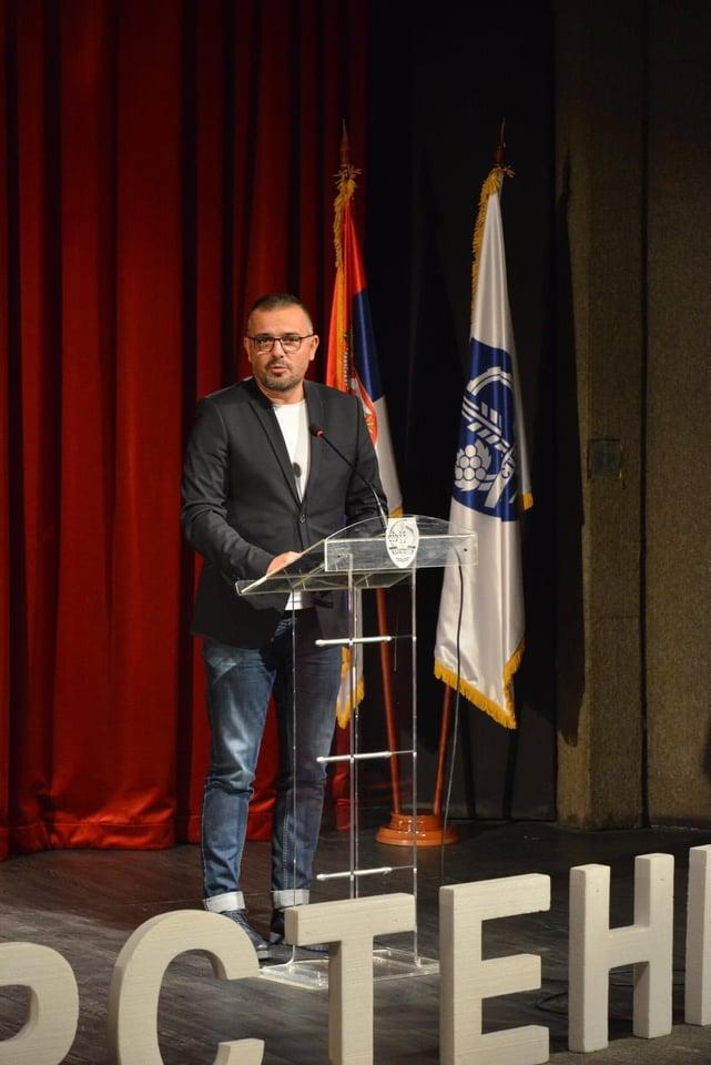 Ilustracija: Branislav Nedimović, foto: Vedrana Ilić