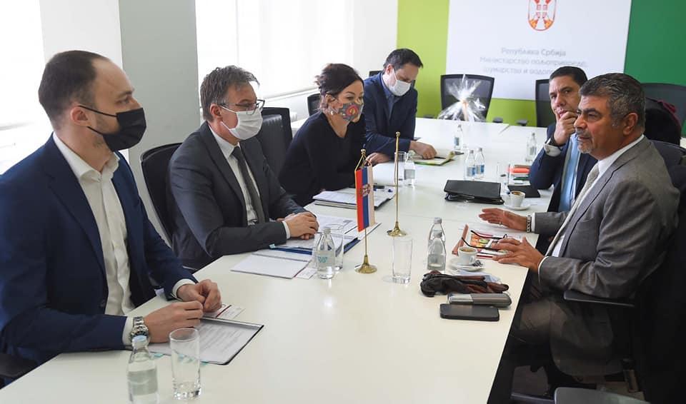 Ilustracija: Delegacija Egipta sa predstavnicima Ministarstva poljoprivrede, Senadom Mahmutovićem i Vedranom Ilić: foto: S.M.