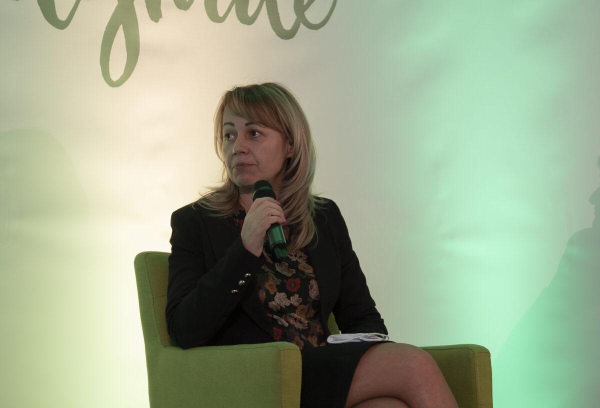 Ilustracija: Biljana Petrović, foto: Agropress