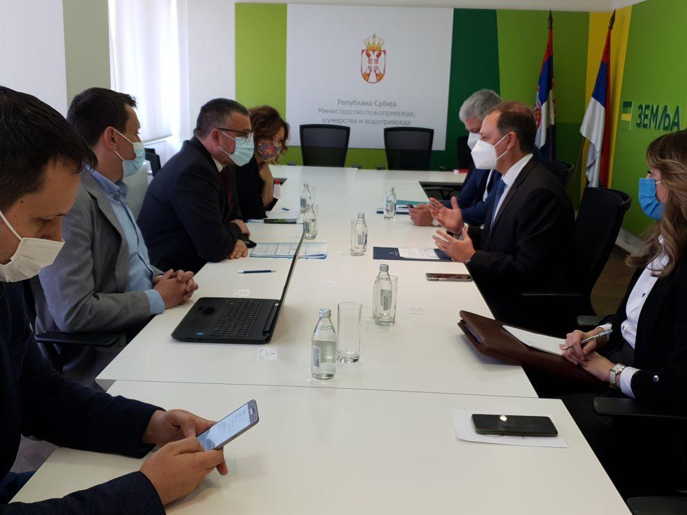 Ilustracija: Branislav Nedimović sa ministrom Spilios Livanosom, foto: Ministarstvo poljoprivrede