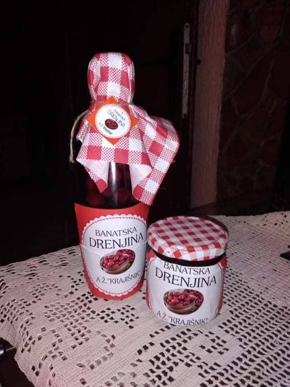 Ilustracija: Liker i džem od drenjina