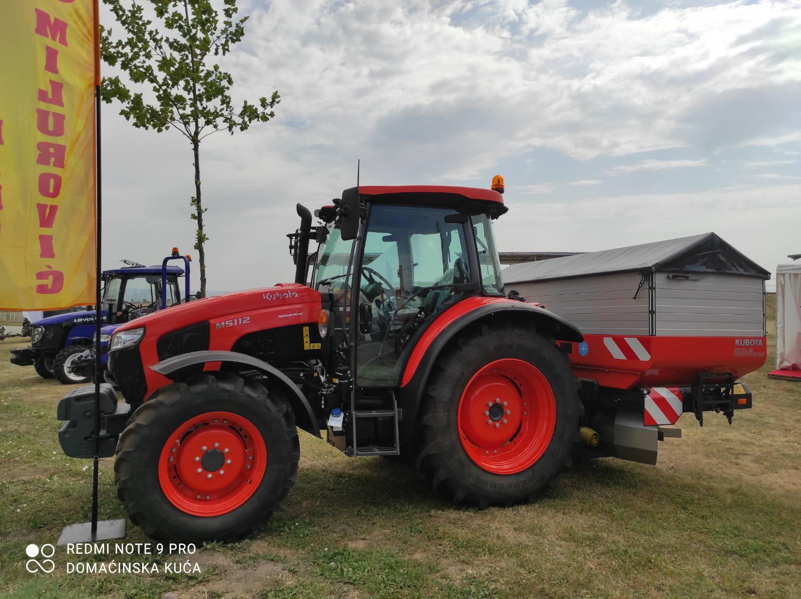 Traktor, ilustracija, foto: S.K.