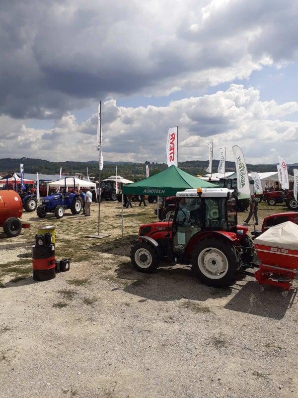 Ilustracija: Sa sajma poljoprivrede u Kragujevcu, foto: Domaćinska kuća
