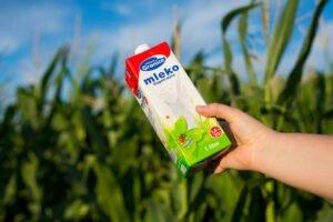 Ilustracija: Mleko granice, foto: Domaćinska kuća